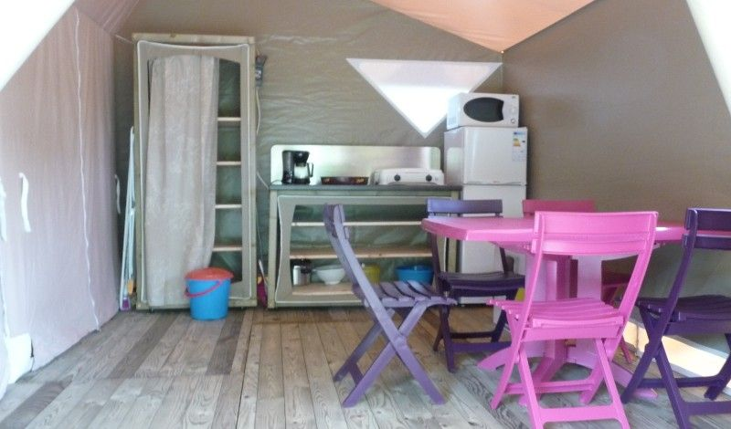 Large bungalow canvas 5 people on camping 4 * in dordogne
