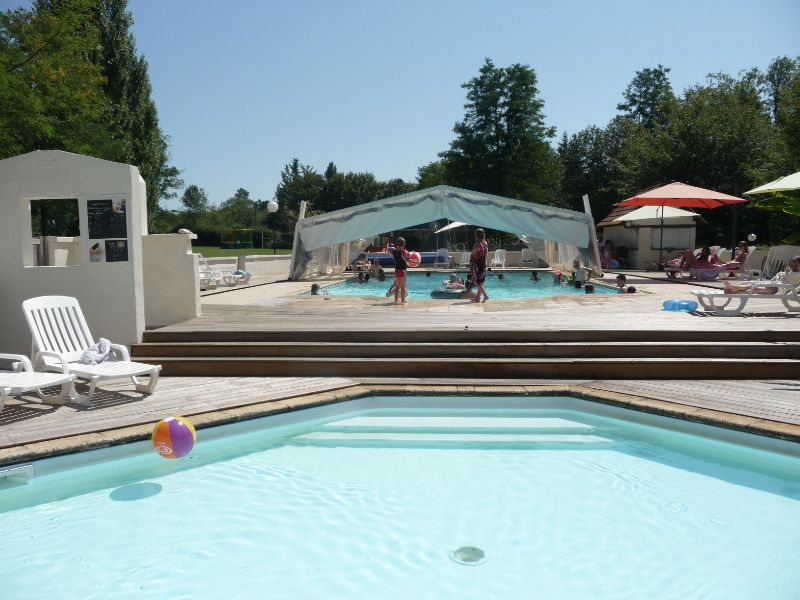 New Swimming Pool On Family Campsite In Dordogne ...