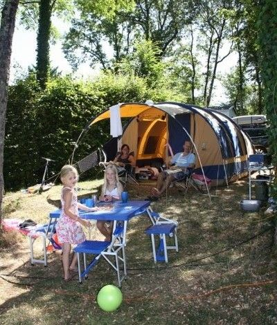 camping proche sarlat avec emplacement tente
