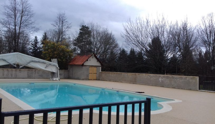 The new swimming pools of our campsite near lascaux in the - Camping with swimming pool near me ...
