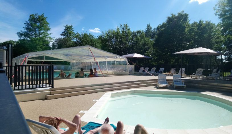 camping dordogne with indoor and heated swimming pool