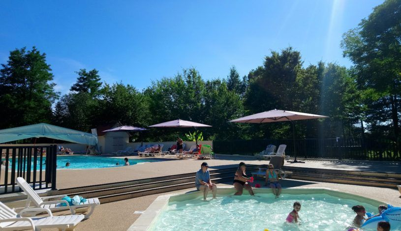 4 star campsite with swimming pool in Dordogne